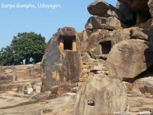 Sarpa Gumpha, Udayagiri